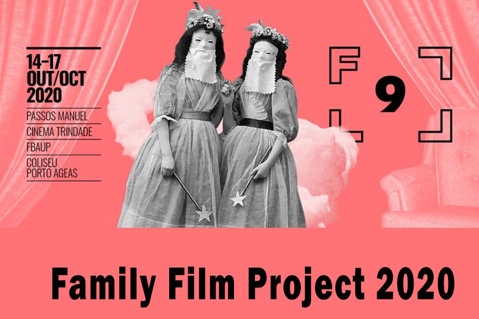 Cartaz do evento Family Film Project com um fundo cor de rosa a simular um cenário com cortinas em cada lado e duas fadas a preto e branco à frente.