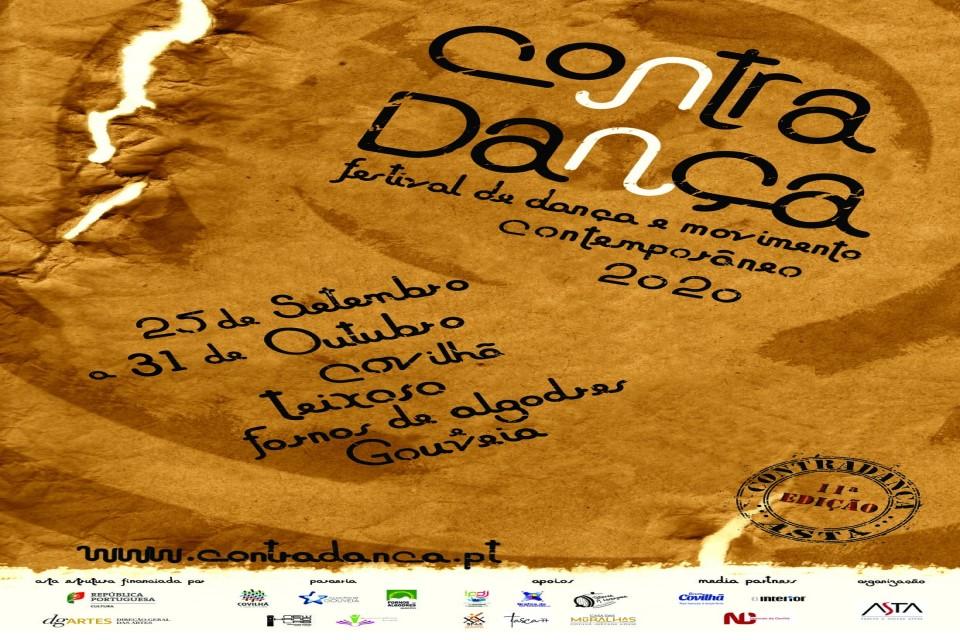 cartaz castanho com informação sobre o evento