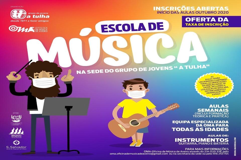 maestro e jovem a tocar guitarra em banda desenhada